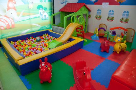 Play Fantasy Park