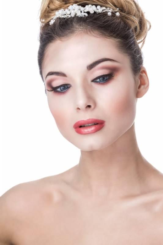 Crisam Professional Make-up Academy
