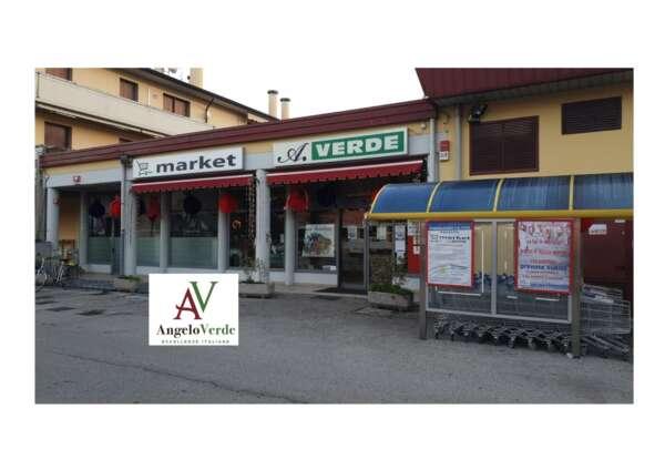 Green Market di A. Verde